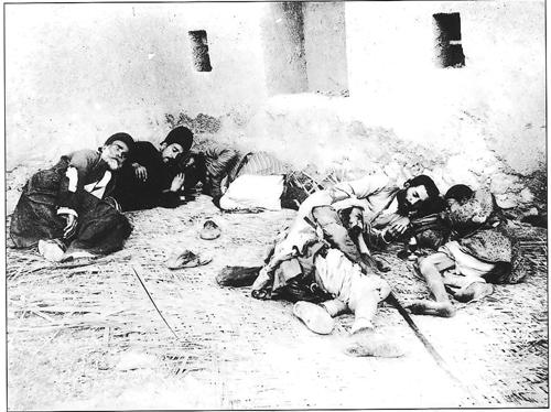 احتکار احمدشاه قاجار