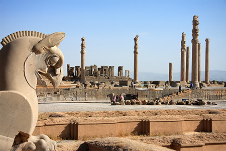 از مهمترین مکان های تاریخی ایران، تخت جمشید، شیراز