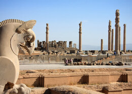 معروف ترین بناهای تاریخی ایران کجاست؟
