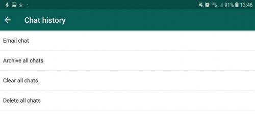 در واتساپ علاوه بر ذخیرهی تاریخچهی چتها در فضای ابری، میتوان محتوای آنها را به خود یا دیگران ایمیل کرد. برای این ترفند واتس اپ ابتدا به بخش Setting و سپس Chats و در نهایت Chat history مراجعه کنید و سپس بر email chat ضربه بزنید. با این کار میتوانید تاریخچه مربوط به مخاطب یا گروه موردنظر را انتخاب و سپس آن را ایمیل کنید.