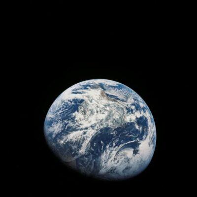 تصویر از فضاپیمای آپولو ۸