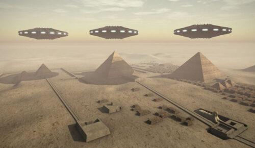 موجودات فضایی اهرام ثلاثه