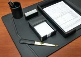 در صورتی که بخواهیم یک هدیه رسمی برای مدیر بگیریم پیشنهاد شما چه هدیه ای است؟